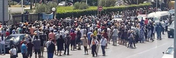 Tunisie – Journées portes ouvertes de vaccination: Le ministère se rétracte et limite l'action à ceux qui ont entre 40 et 50 ans
