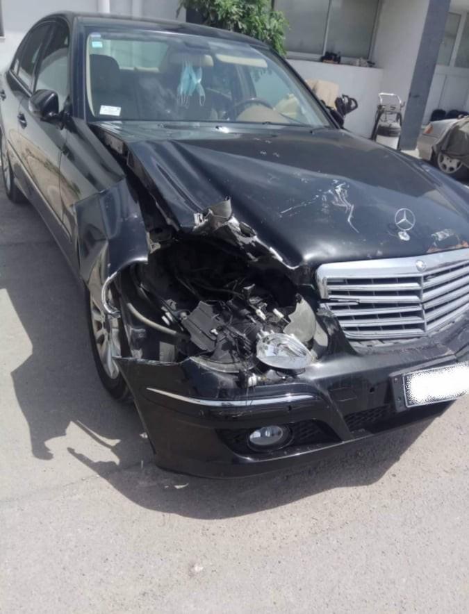 Le DGA d'une banque mixte détruit deux voitures de fonction sans rendre des comptes
