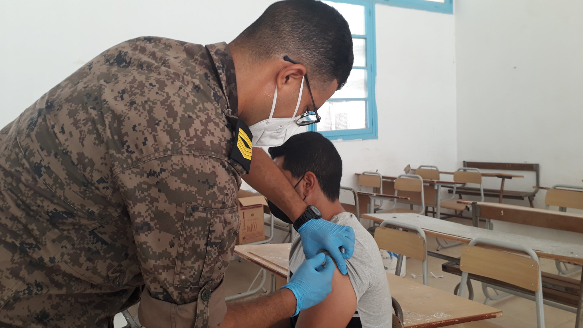 Tunisie: Près de 5000 citoyens vaccinés par les équipes militaires à Médenine