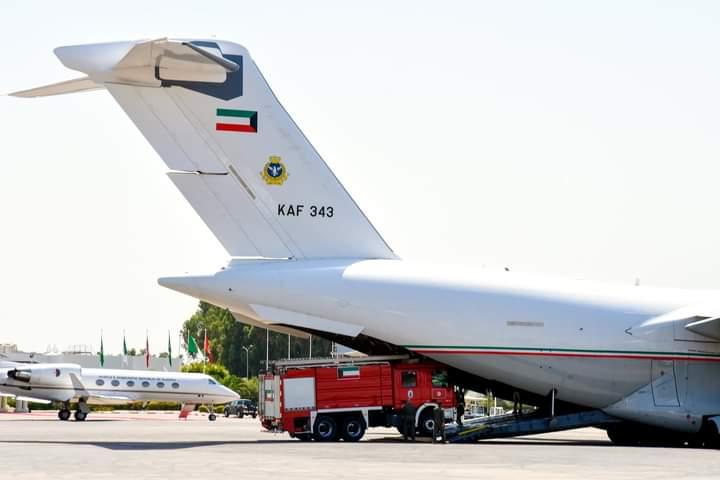 Tunisie : Arrivée de deux avions koweïtiens chargés de fourgons d'incendie et des réservoirs d'eau