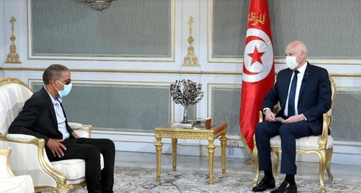 Tunisie : Le Président de la République reçoit « un citoyen » au Palais de Carthage
