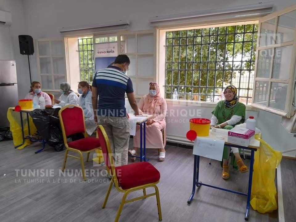 Jendouba : Campagne de vaccination intensive pour les étudiants