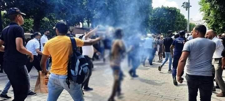 Tunisie – MAJ: Les raisons de l'auto immolation du jeune homme à l'avenue Habib Bourguiba