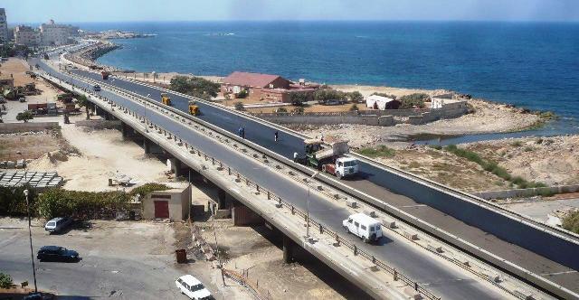 La Libye accorde des contrats à des entreprises en TP égyptiennes