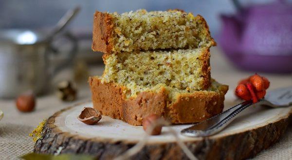 Recette : Cake moelleux au miel et noisettes