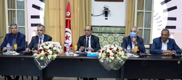 Tunisie – Le nouveau ministre des affaires sociales commence sa mission sous de bons auspices