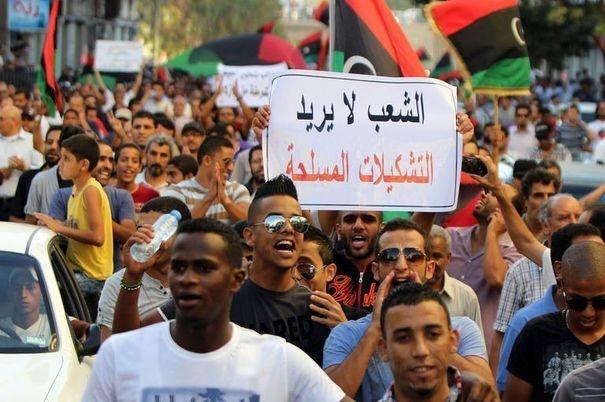 Libye: des habitants se rebellent contre les milices à Benghazi