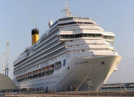 Un navire de Costa à la dérive au large des Seychelles