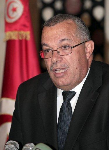 Tunisie: Nouredine Bhiri en porte à faux