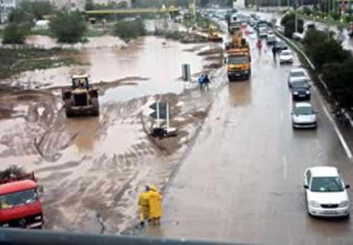 Alg rie 15 morts en quatre jours de mauvais temps part for Ministere exterieur algerie