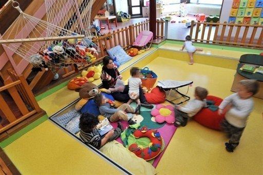Nabeul sit in des animatrices de jardins d 39 enfants part 41867 - Jardin d enfant en tunisie ...