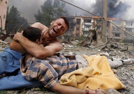 Syrie: Homs visée par le plus violent bombardement depuis des jours