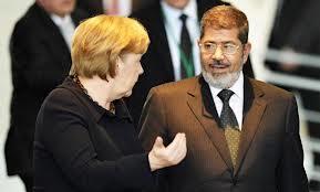 Angela Merkel joue la fermeté avec le président égyptien