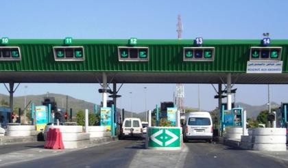 tunisie gr ve la gare de p age de l 39 autoroute mornag part 215244. Black Bedroom Furniture Sets. Home Design Ideas