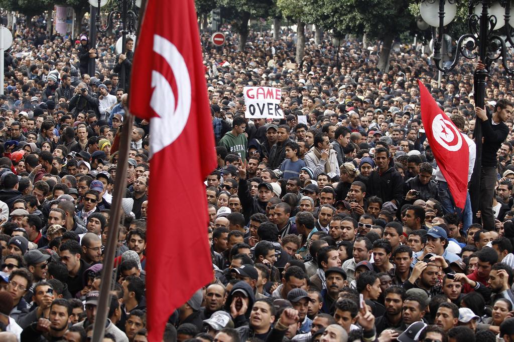 http://www.tunisienumerique.com/wp-content/uploads/revolution+tunisienne.jpg